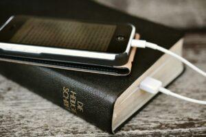 jakie szanować pismo święte a jakie nie