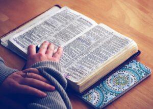 jak szanować pismo święte
