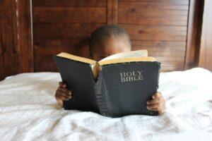 gdzie czytać pismo święte